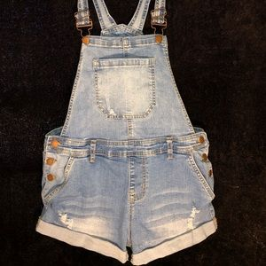 Overall shorts!